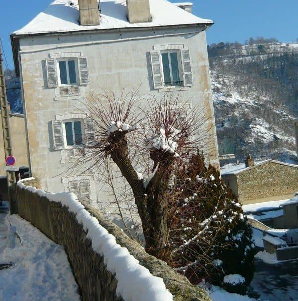 faç-ouest-neige-mur-rue-Fraternité-e1490689770543.jpg