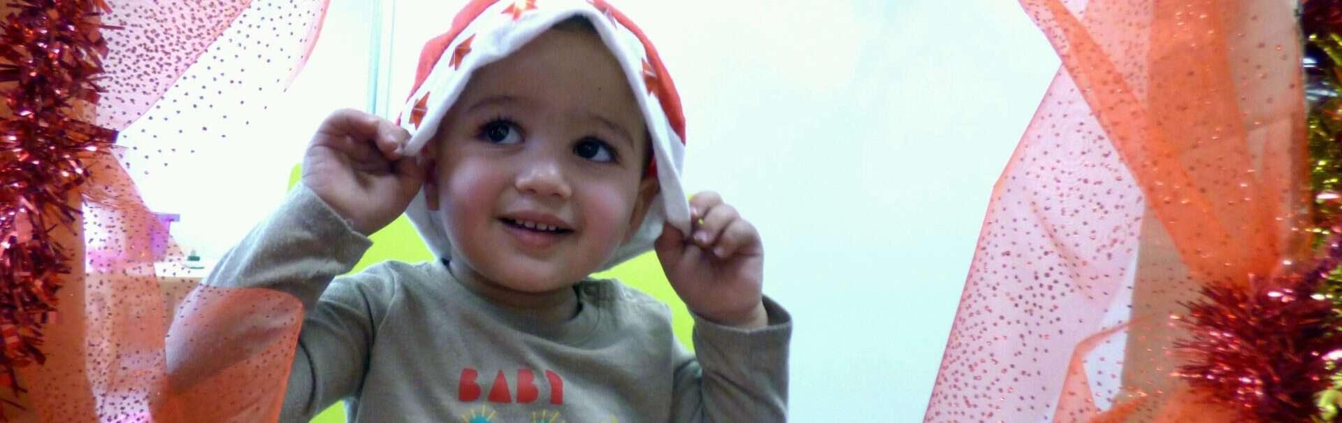 Petit garçon Habitat et Humanisme Noel