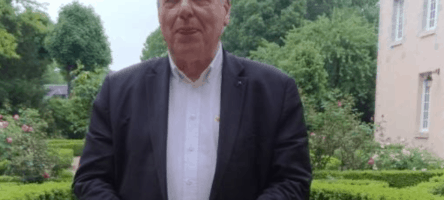 «L'acte d'habiter est un acte spirituel» : de promoteur immobilier à prêtre, le parcours atypique de Bernard Devert