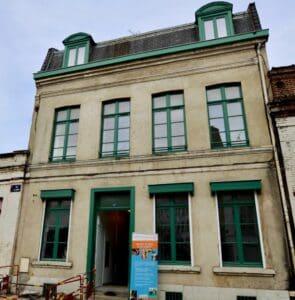 La maison en cours de réhabilitation, rue de Gand, à Lille.